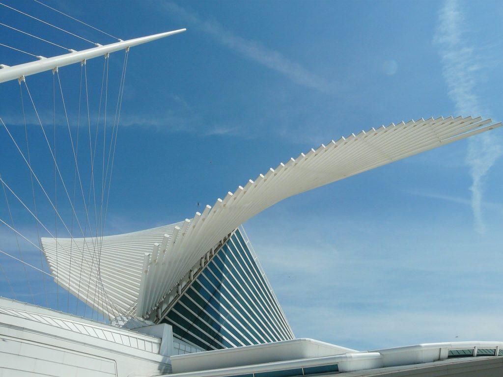 Museo de Arte de Milwaukee (Wisconsin) - arquitectura inspirada en la naturaleza