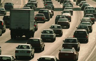 ¿Son los vehículos eléctricos un factor clave contra la polución?