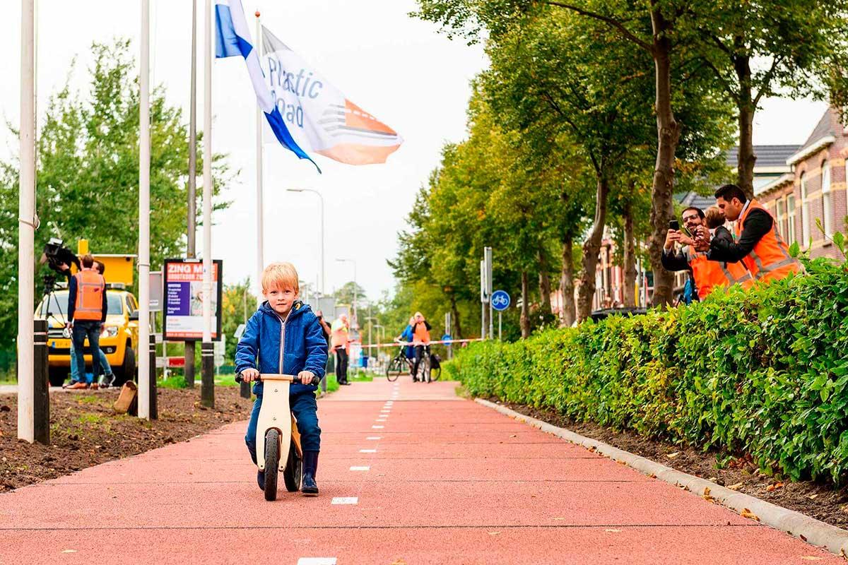Del asfalto al plástico reciclado: carreteras sostenibles